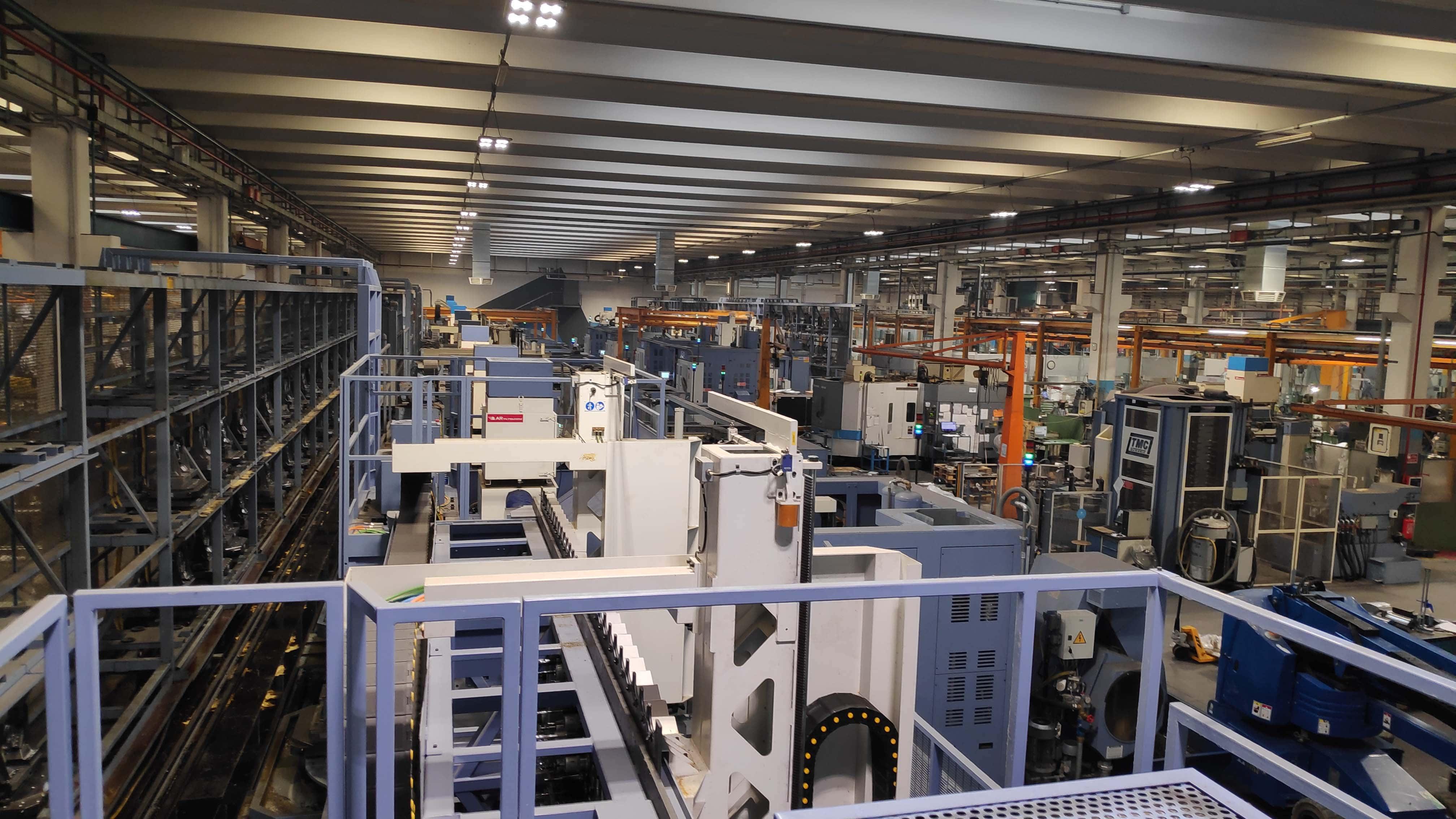 AR Filtrazioni   Centri di lavoro MCM, aspirazione nebbie oleose